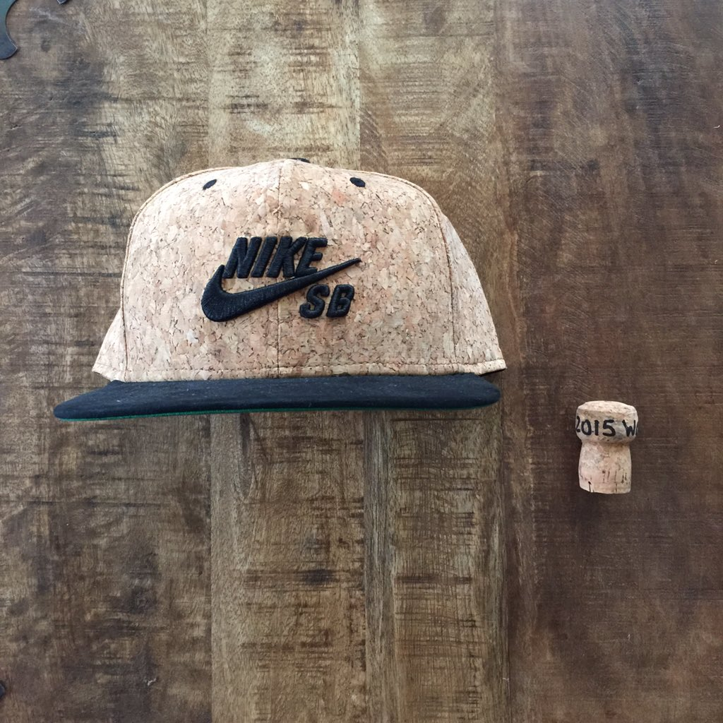 It's Monday, let's celebrate! Retweet to win this cork hat & WS champagne cork from 2015 W.S. #Royals https://t.co/ZZMAiH26dO
