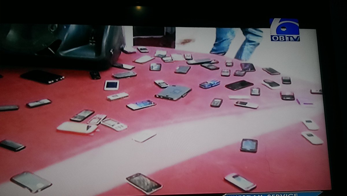 So now all members want some so they've dropped their phones on the altar https://t.co/CfnhHBkQ2V