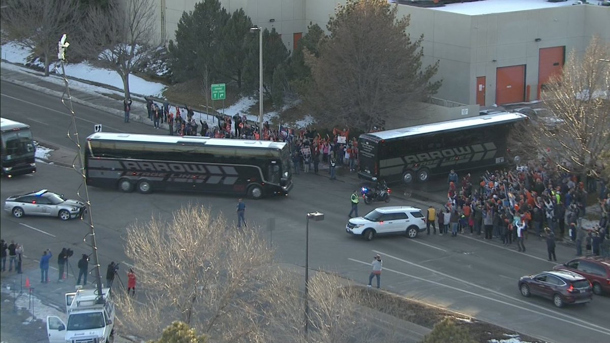 They have arrived! @WeatherMcHeffey is at Broncos HQ with an update on CBS4 News at 5