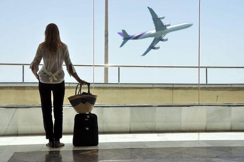 Les Canadiens voyagent moins aux États-Unis