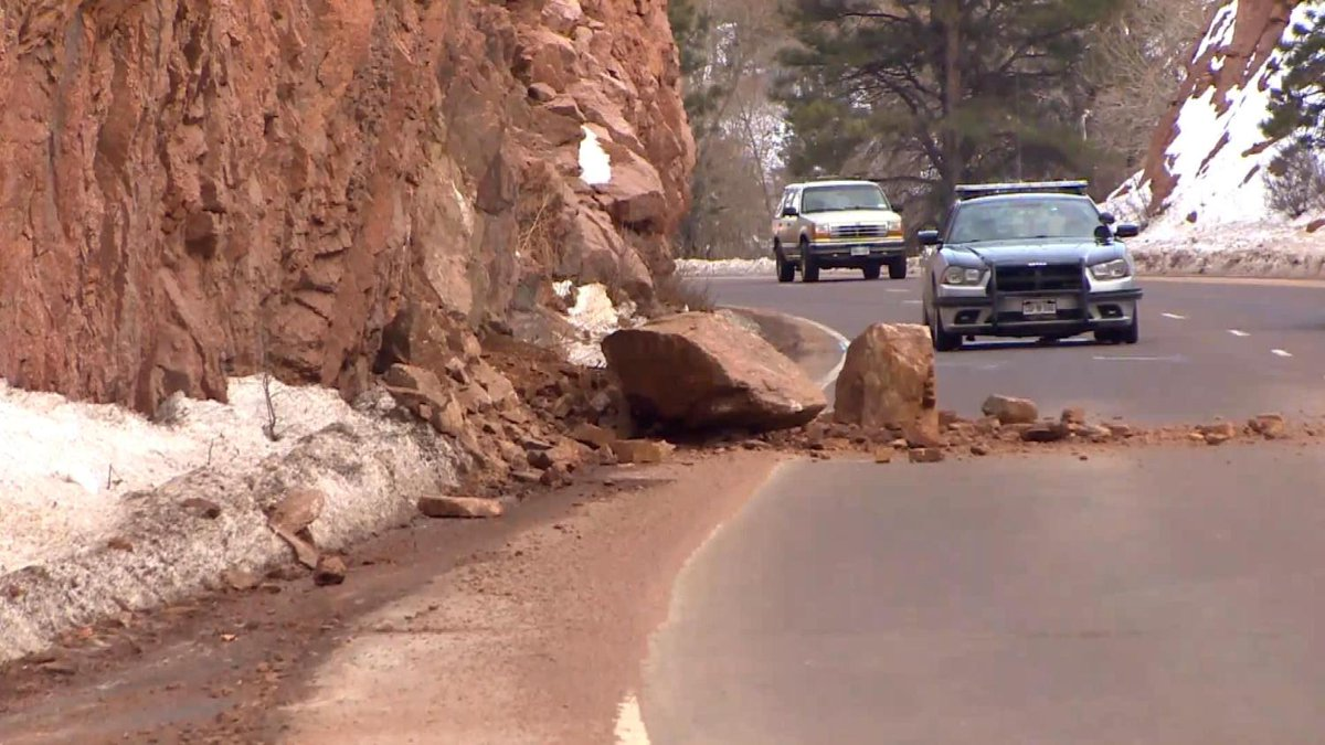 2 Rock Slides In Less Than 24 Hours On Highway 24 Near Manitou Springs