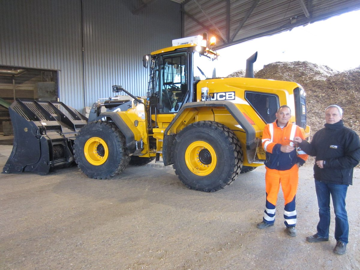 BEP of Belgium have purchased 4 new JCBs including Wheeled Loaders and a Teletruk after a careful selection process! https://t.co/QoeMbv49xt
