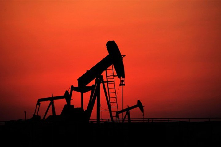 With world 'awash in oil', prices won't rise much anytime soon: IEA forecast