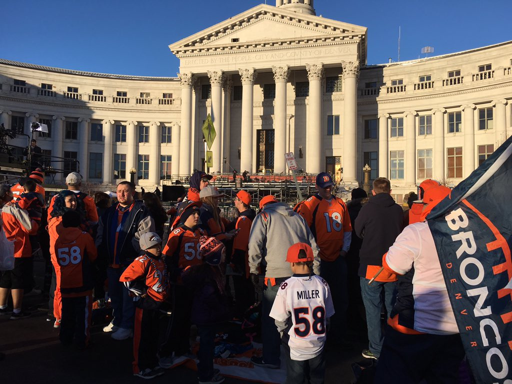 Tons of Broncos fans already gathered in Civic Center Park 2 hours before anything officially begins.