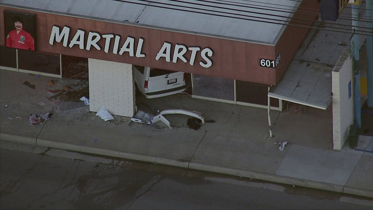 Van crashes into martial arts studio at 600 blk Euclid St in Fullerton; injuries unknown