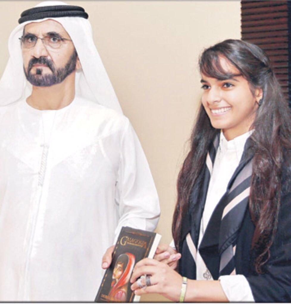 اصغر وزيرة عربية عمرها ٢٢ عام .. #دبي_بالهول وزيرة للشباب في حكومة #الإمارات https://t.co/FwWnLgZ84e