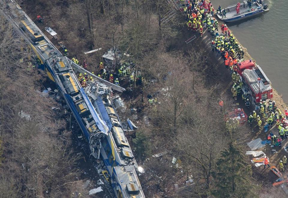 At least 9 dead in Germany train crash