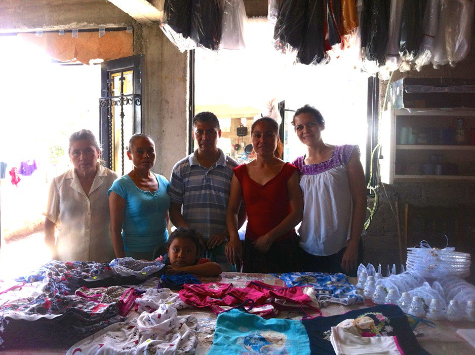 Gaby talks about her progress teaching business skills to #ESPERA women. #trust #community https://t.co/wBneldugsU https://t.co/zbgNpdftGD