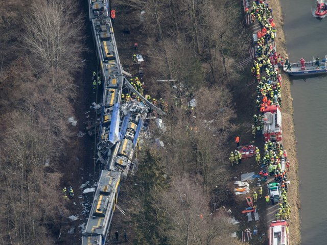 Two commuter trains crash head-on in Germany, killing at least nine and injuring 150