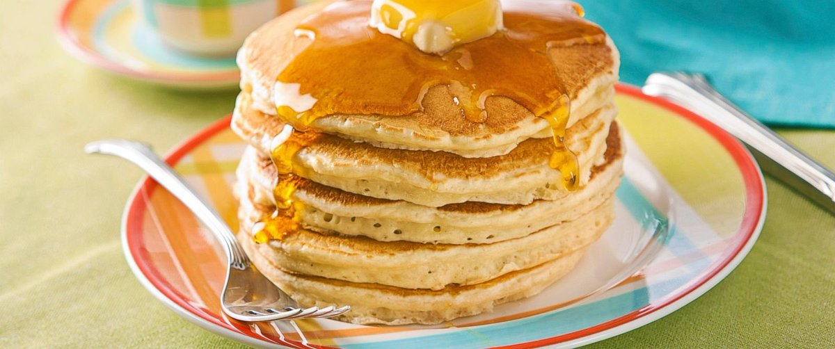 Today is nationalpancakeday and NationalPizzaDay ?!?!??I can only assume tomorrow is nationalcardiologistday.