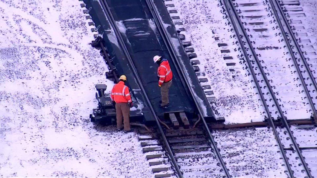 60-95 minute delays on Metra UP-West line