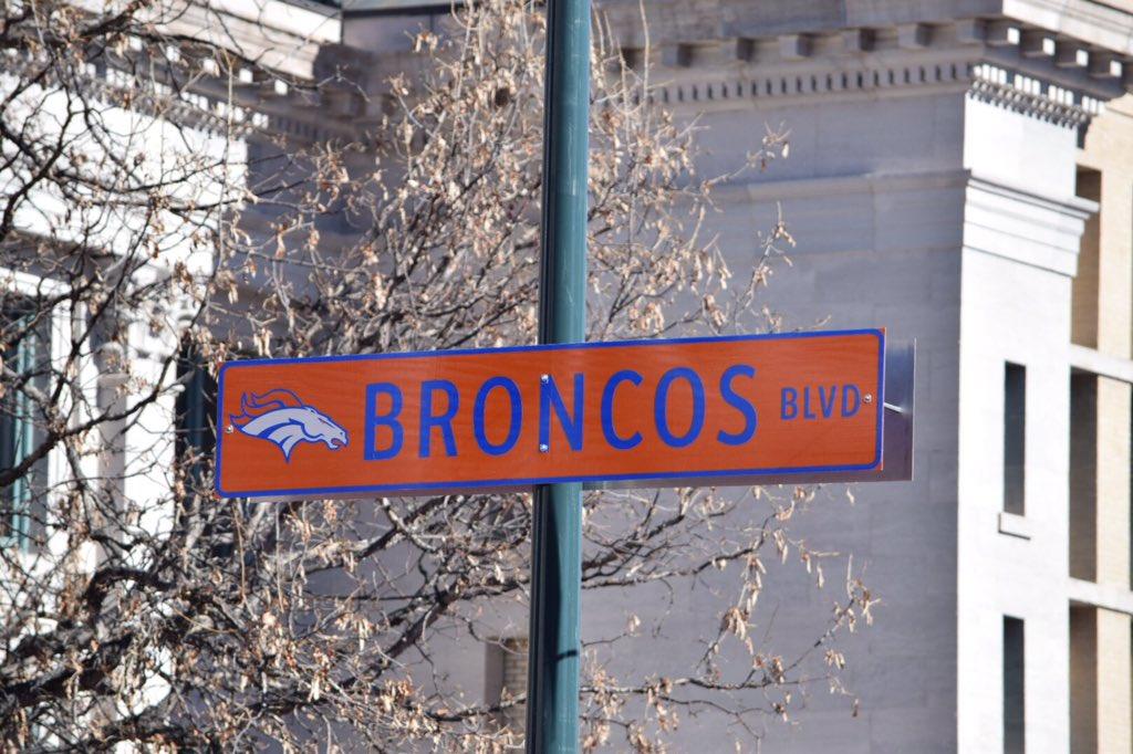 BroncosParade SB50