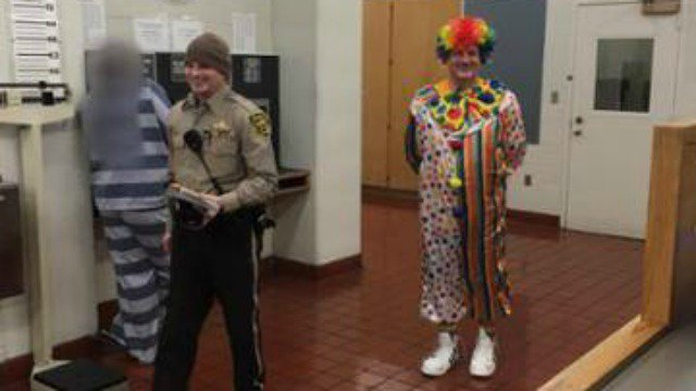 Man dressed as clown arrested for DUI