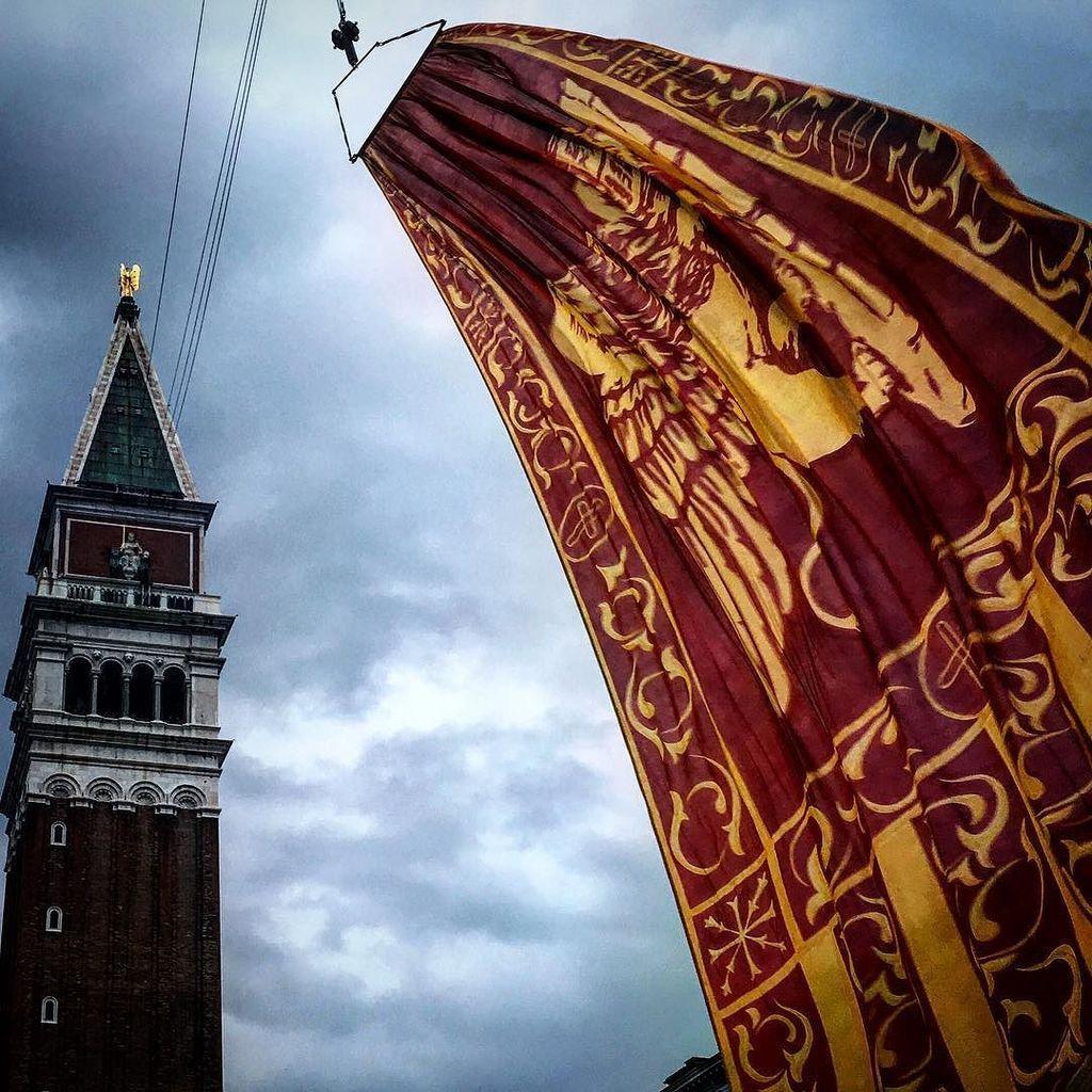 Svolo del leon Carnevale di Venezia