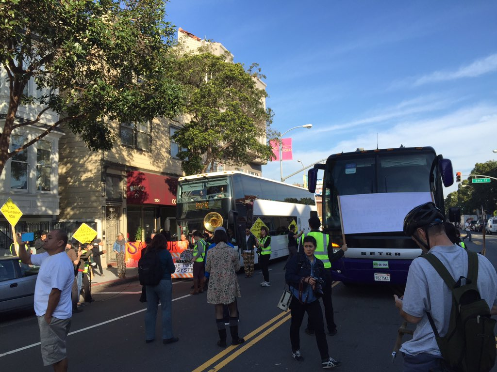 Here we go again. For the first time in months, tech buses are being blocked in the Mission.