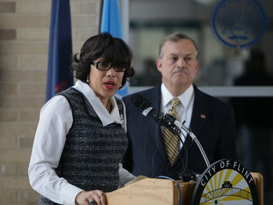 Flint mayor: Pipe replacement to begin next month