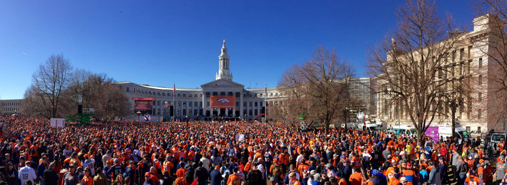 This crowd is ready to go wild. Broncos 9News