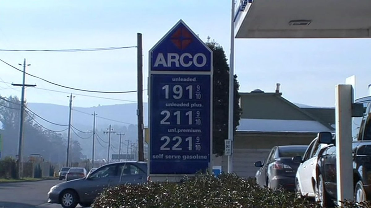 Gas prices below $2 per gallon? @amyhollyfield found that in MillValley