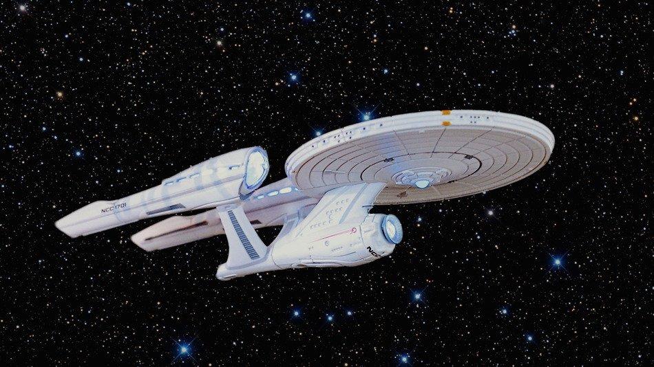 RT @mashable: 'Hannibal' and 'Pushing Daisies' creator Bryan Fuller to helm new 'Star Trek': https://t.co/wzZKnnlecG https://t.co/WdGqzWOpHN