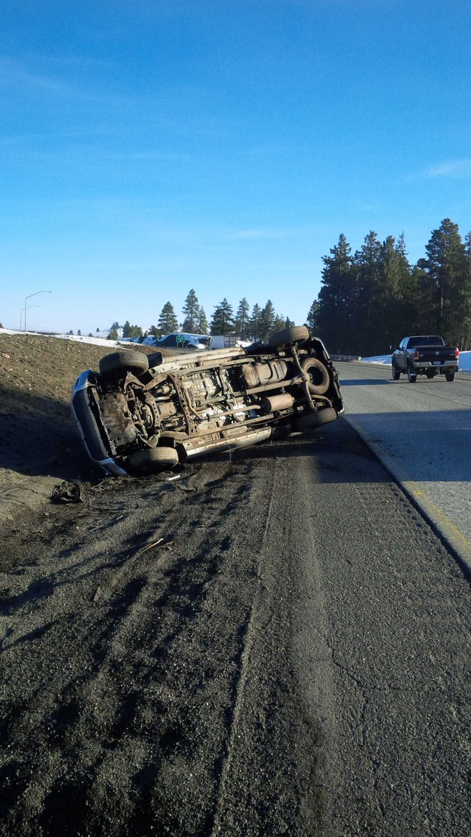 KittitasCounty 1car rollover non injury collision EB I90 mp93. Vehicle came from WB lanes. DontDriveDrowsy.