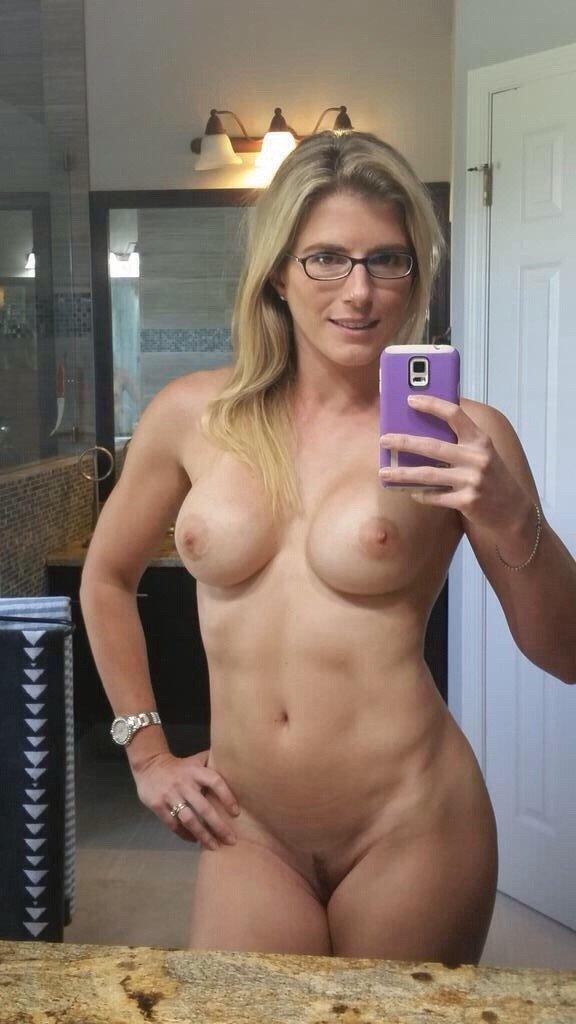 Nude Selfie 488