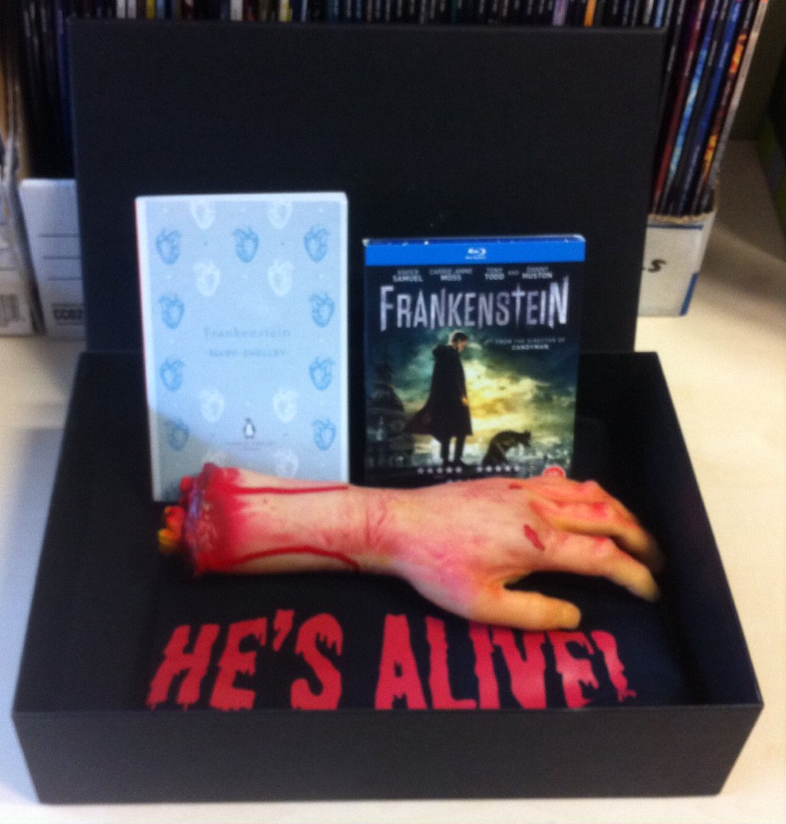 We've got goodies for @SignatureEntUK's new #FrankensteinDVD to give away. RT this; we'll pick a winner at 5pm (UK). https://t.co/Rm1a9rKL6Q
