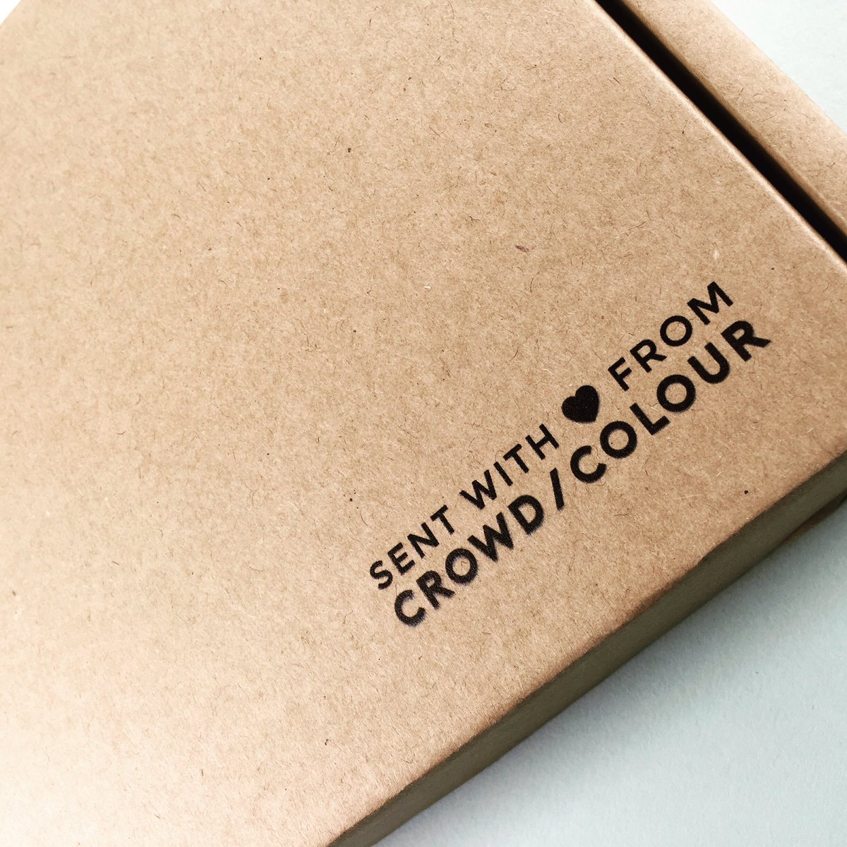 Crowd Colour on Twitter: