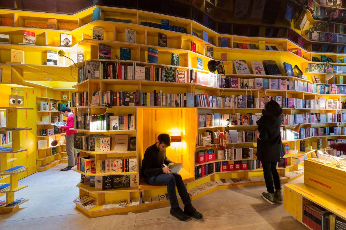 Новая концепция книжных магазинов в Лондоне