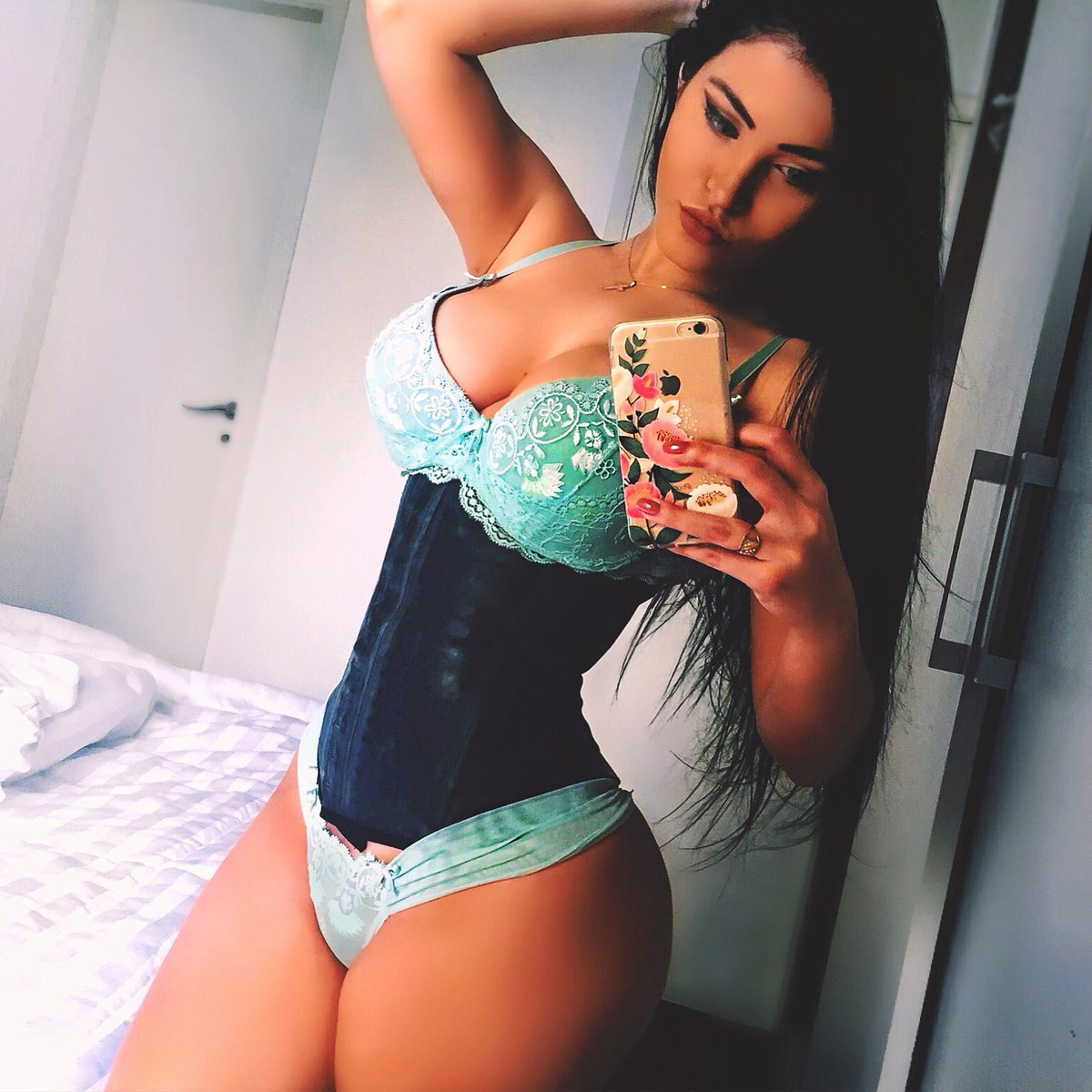 Erotica Claudia Alende naked (56 foto and video), Ass, Bikini, Twitter, cameltoe 2019