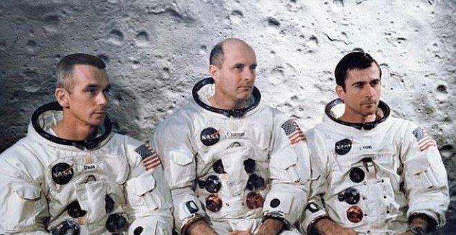 tre astronauti della quarta missione con equipaggio del programma Apollo