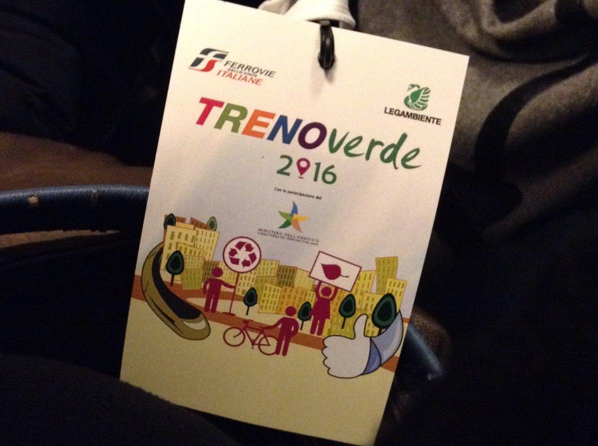 """Al via il @TrenoVerde 2016 Mazzoncini @fsnews_it """"Puntare sul trasporto #sostenibile: il treno ne è asse portante"""" https://t.co/WNsz4HlkJP"""