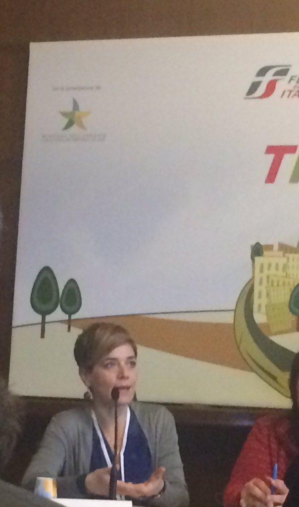 """@RossMuroni presidente @Legambiente """"@TrenoVerde 2016 dedicato alle città, ai mutamenti climatici"""" #ambiente https://t.co/ZlOnS2MN0b"""
