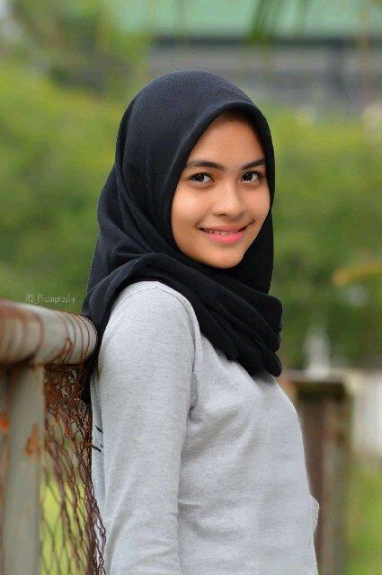 Hijab Cantik Natural