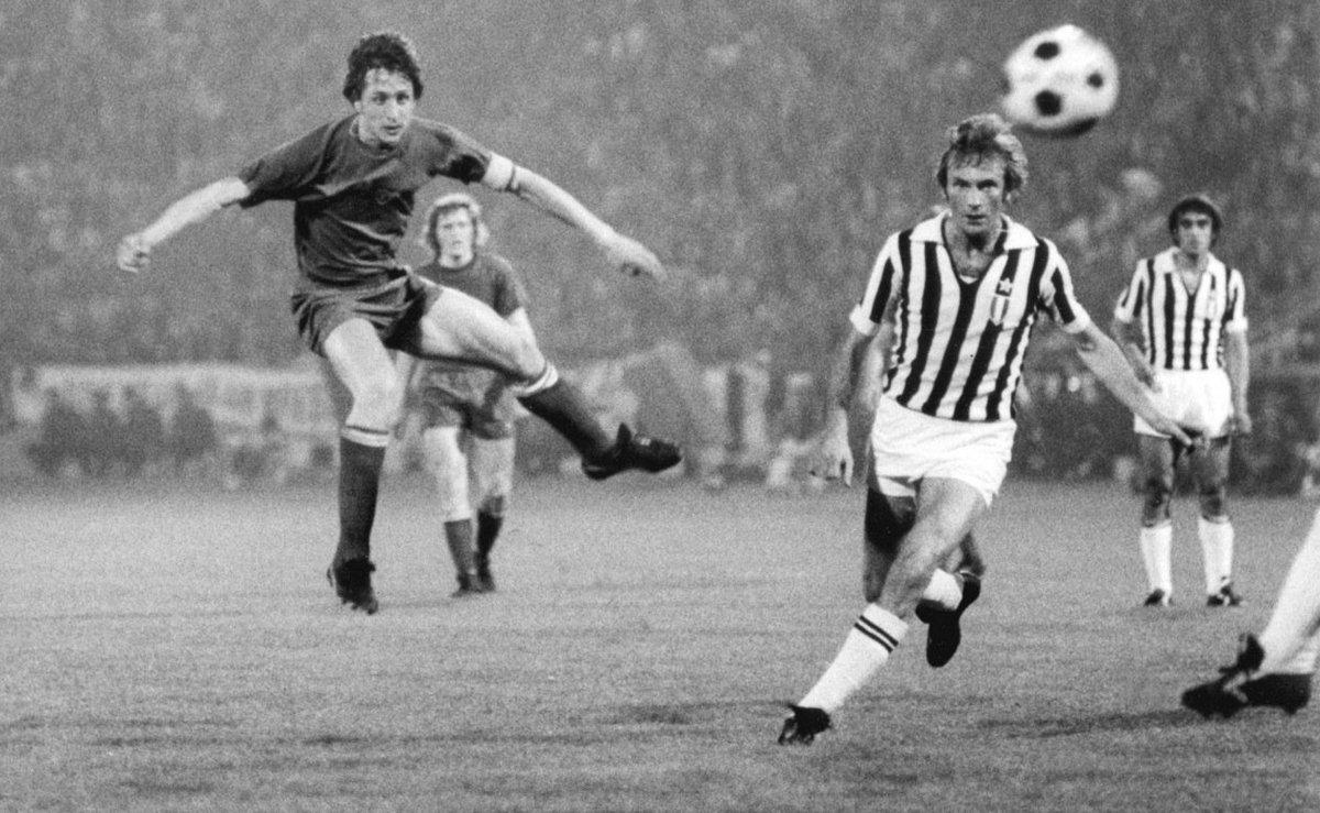 "Ajax Juventus Twitter: VintageFooty On Twitter: ""Johan Cruyff Playing For Ajax"
