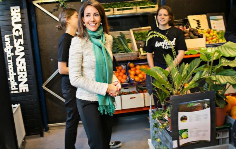 Denmark opens first food waste supermarket selling surplus produce https://t.co/eeSlYXgOHG #wefood #foodwaste https://t.co/jWsEAqO2OU