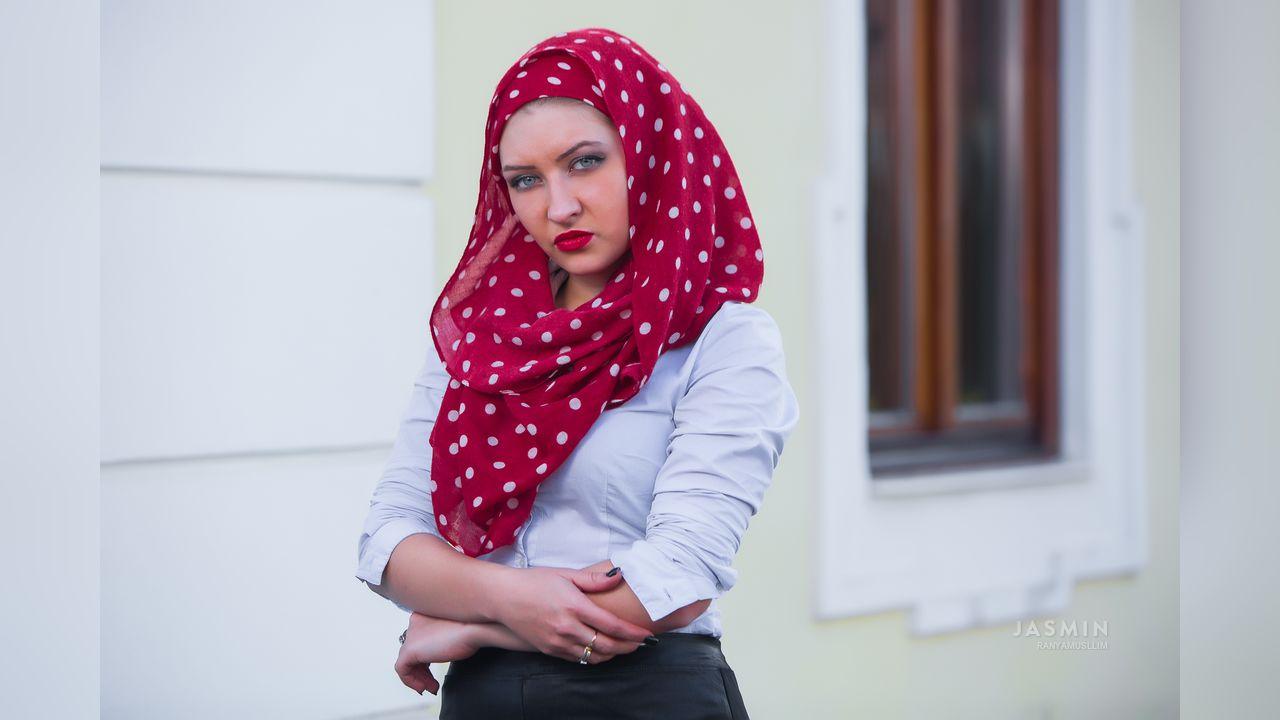 Arab muslim hijab turbanli girl blowjob anal fuck nv - 1 part 4