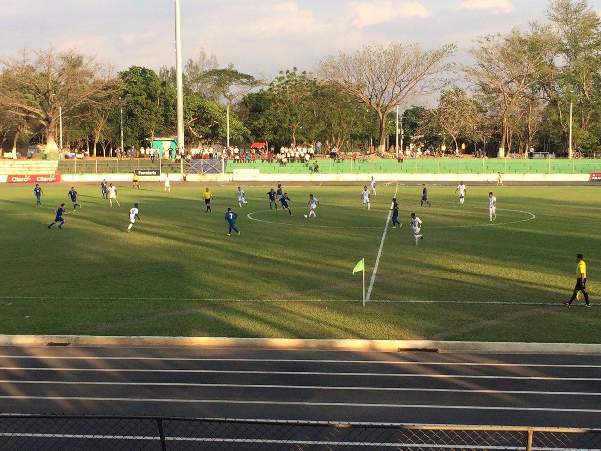 Dos juegos amistosos contra Honduras en Febrero del 2016. Cb74dr7UAAEXvA8