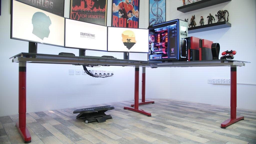 CLEAN Setup With Excellent Cable Management. Http://m.imgur.com/a/KwIq4  #desksetupspic.twitter.com/rPQwBZPqgt