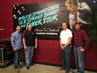 .@springsteen's #RiverTour rolls on in Cleveland w/veterans in attendance thx to the Ryan Project & @Stand4Heroes https://t.co/pRX0nI1Odf