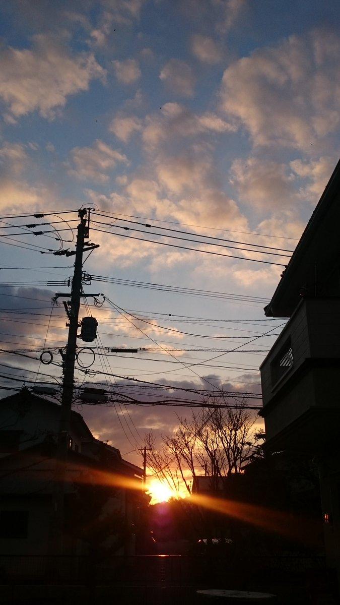 キレイ~(((o(*゚▽゚*)o))).。.:*☆ https://t.co/8NMJ6LCtiT