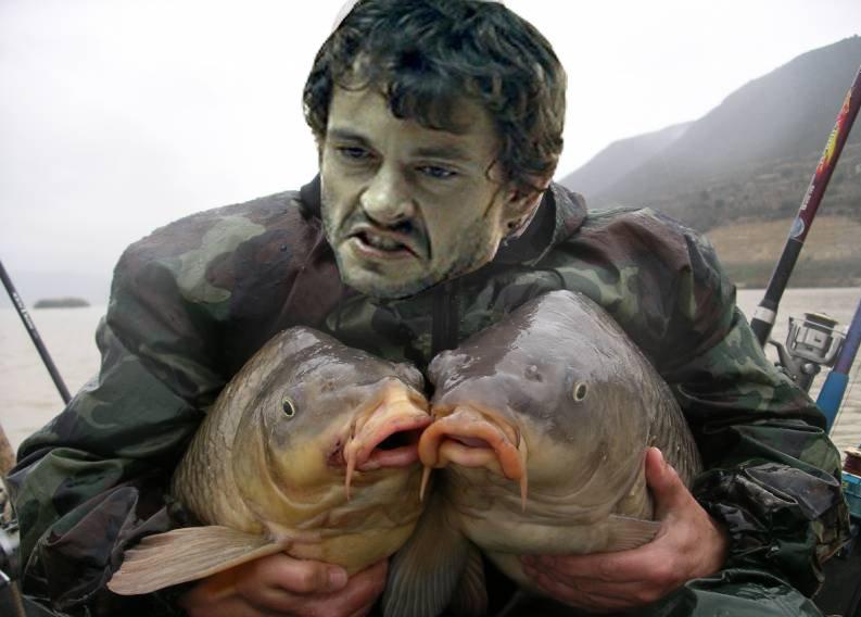 Картинки с рыбаками держащие рыбу, днем
