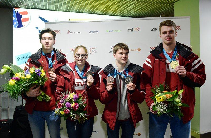 Денис Васильевс / Deniss VASILJEVS LAT Cb9vi4QXIAAzrgv