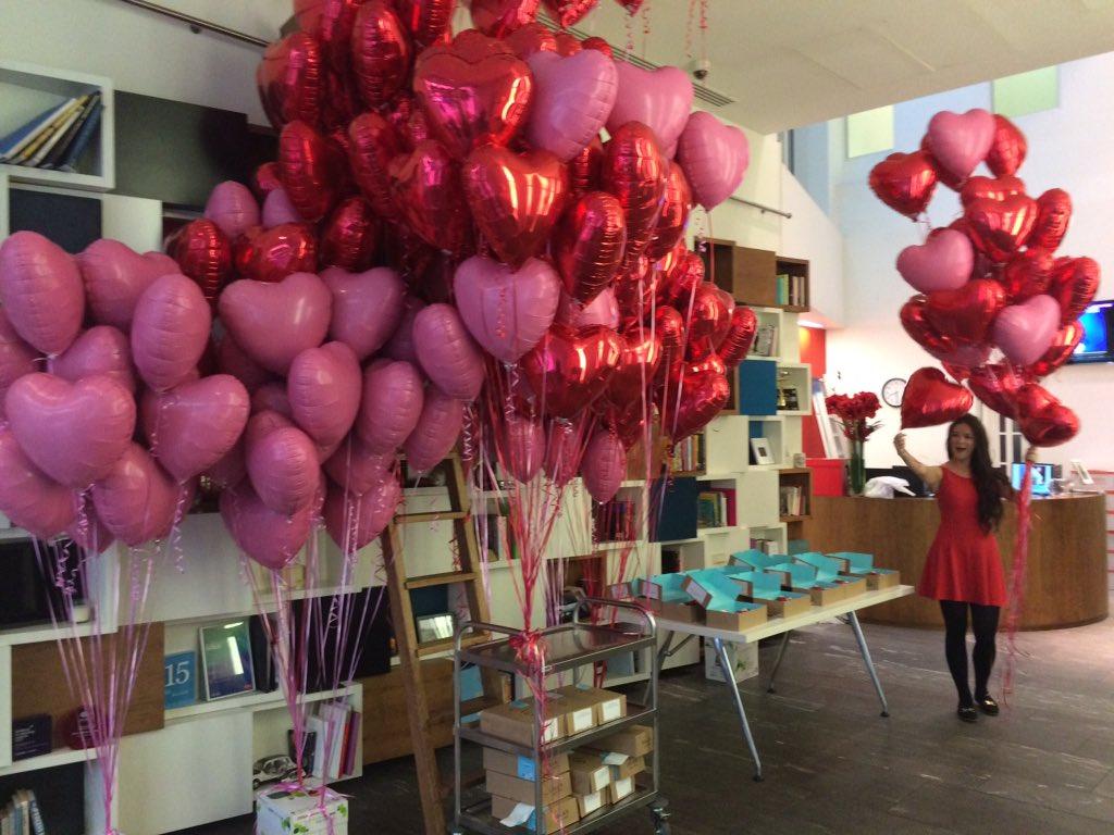 RT @AmyKirby1: It's 'Love my job day' today at @Havas_MGUK in aid of valentines #lovemyjob @HavasMediaUK @ArenaMediaUK https://t.co/f6mxb0j…