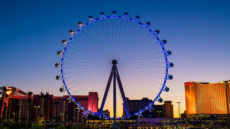 Hanky panky in the High Roller wheel? Not a good idea (unless you want to get busted)