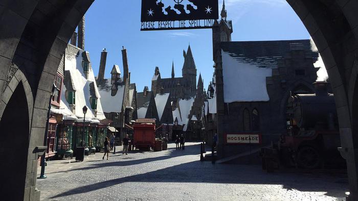 Interactive wands, butterbeer & more: Get an exclusive peek at Universal's Wizarding World