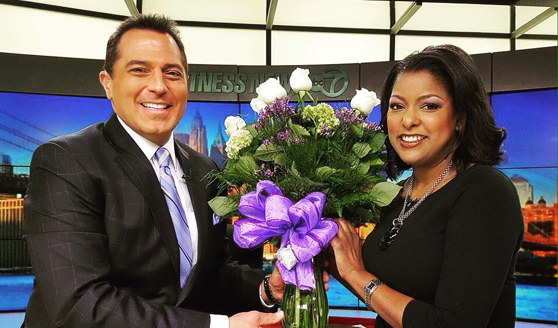 How sweet is this? @KenRosatoABC7 brought flowers for his work wife @LoriStokes7 for Valentine's.