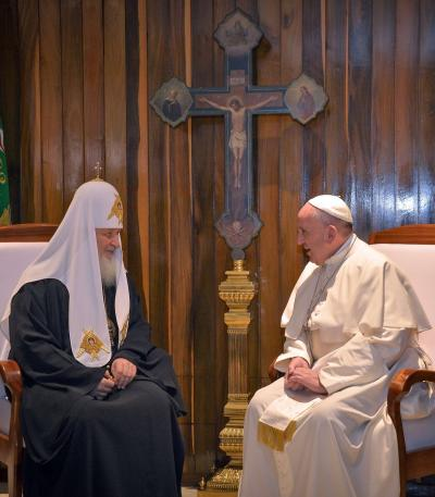Pope Francis meets Russian Patriarch Kirill for first meeting of two heads in 1,000 years