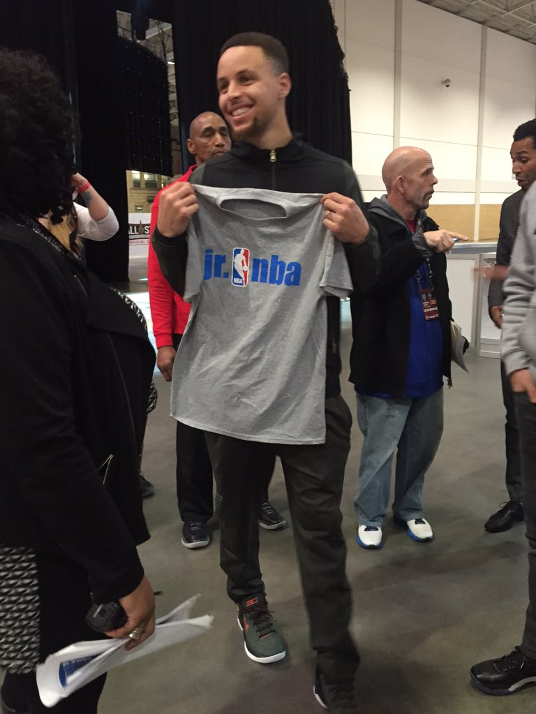 Our Jr. NBA Leadership Council Member @StephenCurry30 is in the building at JrNBADay! @UAbasketball