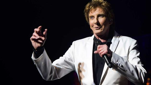 Barry Manilow hospitalized after emergency oral surgery