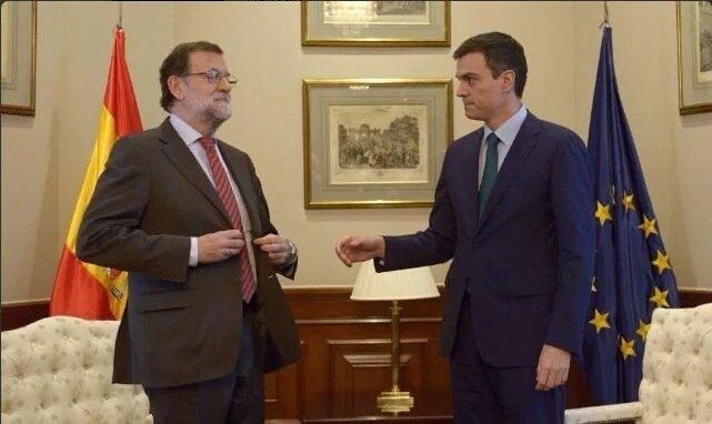–¿Qué vienes a buscar? –A ti –Ya es tarde –¿Por qué? –Prque ahora soy yo la que quiere estar sin ti. Rajoy y Sánchez https://t.co/MY4SQtqyYo